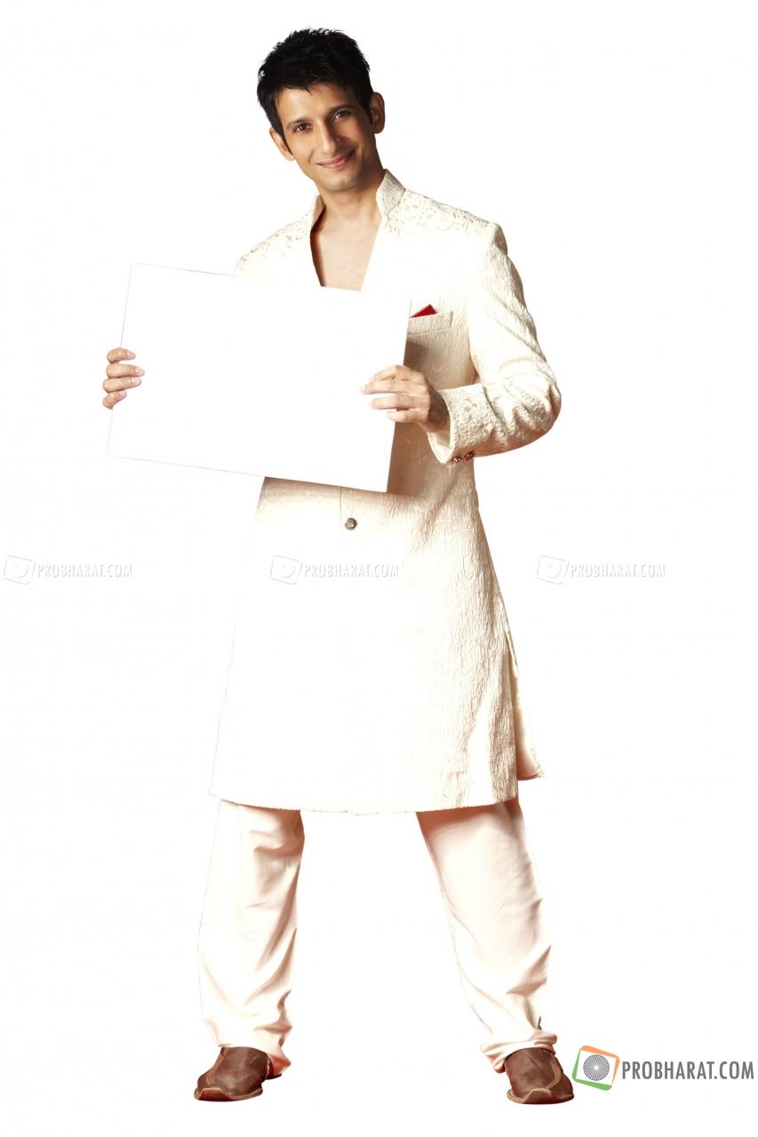 Актеры  Болливуда Pic-sharman-joshi-401