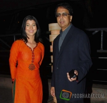 Director-Anant Mahadevan and Actress-Tejaswini ...