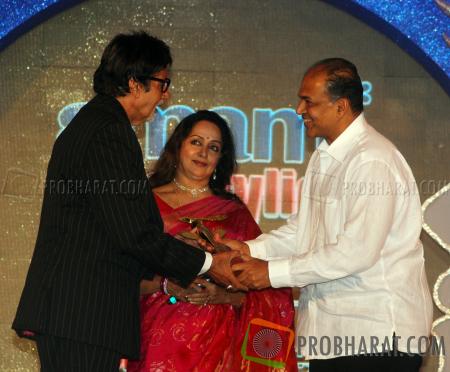 Amitabh Bachchan Wih Hema Malini and Ashutosh Gowariker