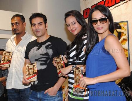 Abhinav Kashyap, Arbaaz Khan,Sonakshi Sinha and Malaika Arora Khan
