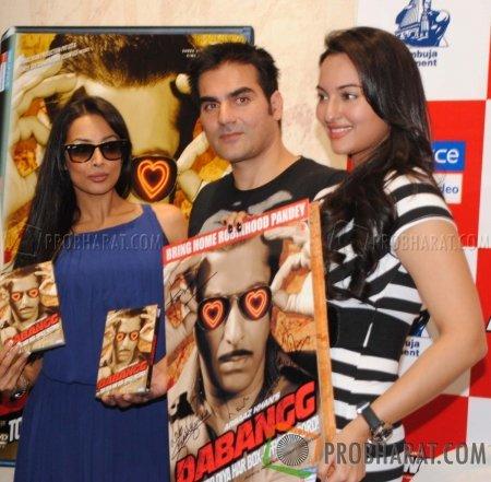 Malaika Arora Khan, Arbaaz Khan and Sonakshi Sinha