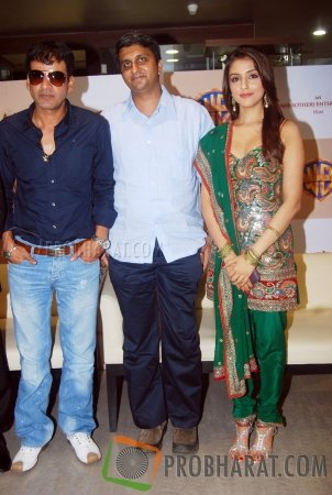 Manoj Bajpayee, Director-Ajoy and Aarti Chhabria