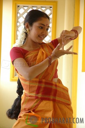 Stills from Movie Mittai