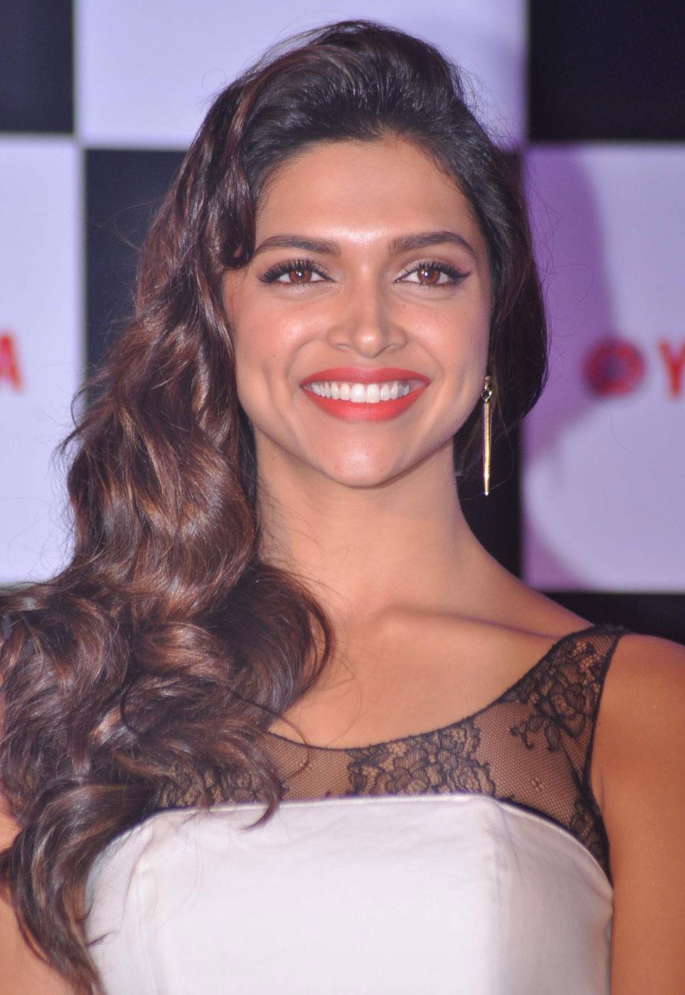 Pin on Deepika padkone!!!