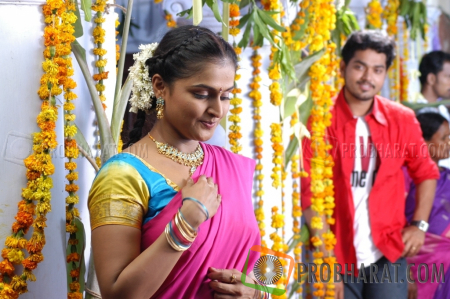 Stills from Aattanayagan