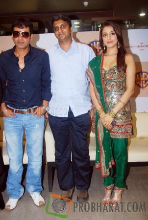 Manoj Bajpayee, Director-Ajoy and Aarti Chhabria